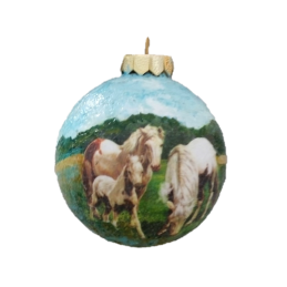 "Hand painted Christmas decoration on glass by Giandomenico Ferri ""The family"""